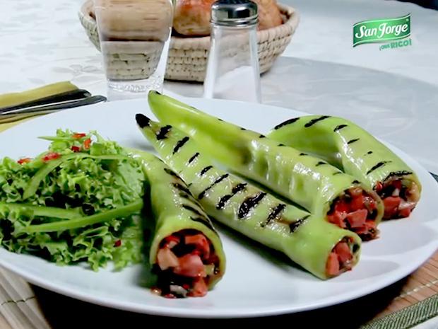 Ají-verde-relleno