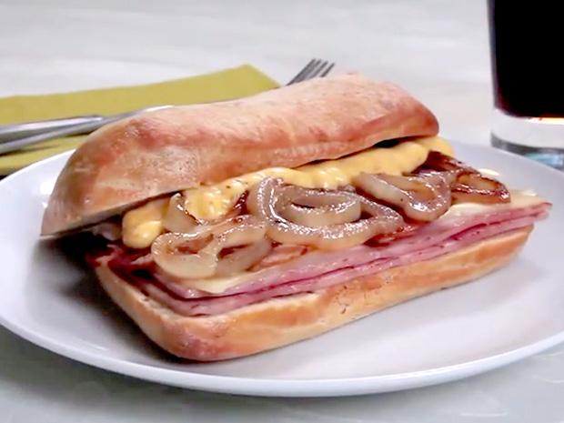 Sándwich-de-jamón-planchado